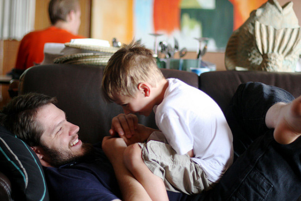 7 Things You Can Suggest to Dads to Connect with Their Kids