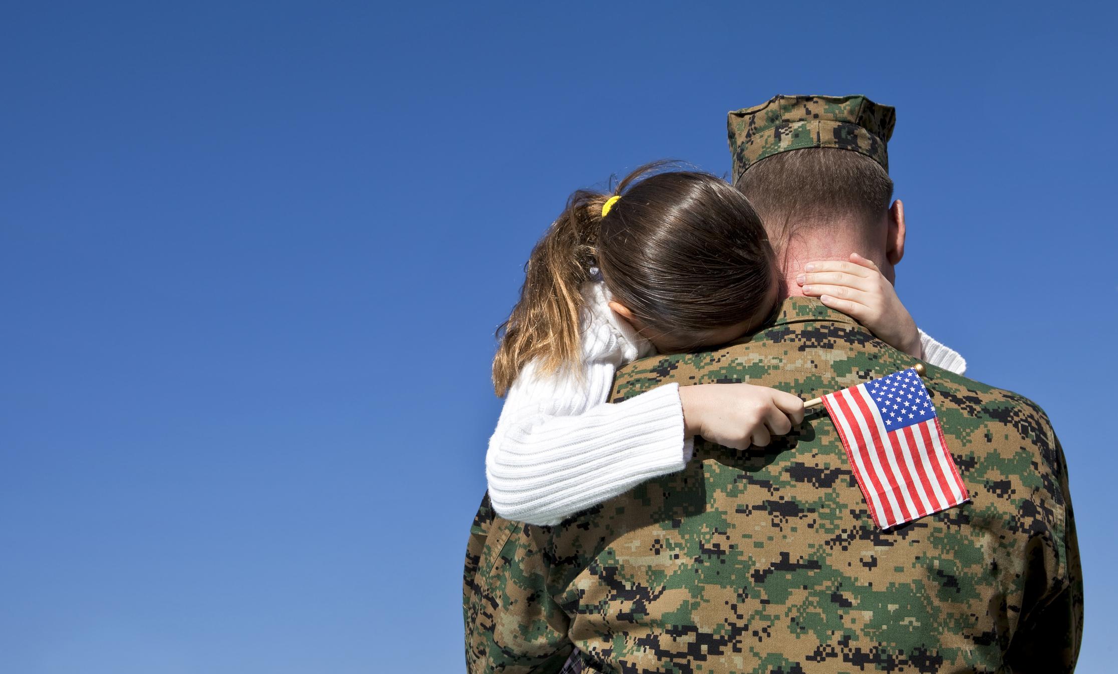 militarydad and daughter reunited