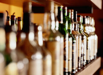 alcohol_bottles_shelf