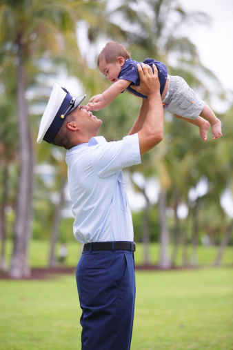 how to help military child when dad is deployed