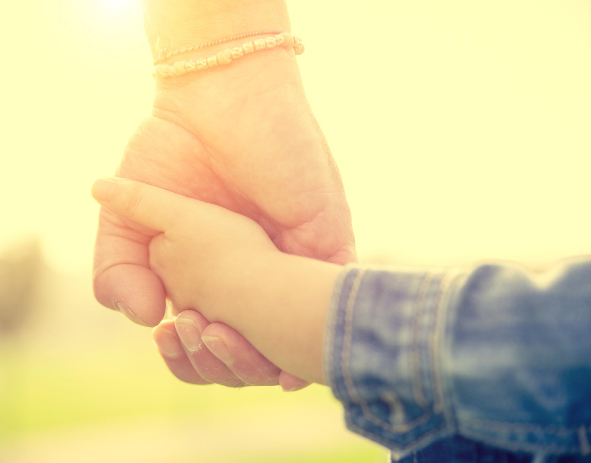 dad-child-holding-hands.jpg